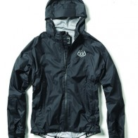 Barrier_Rain_Jacket_1