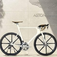 Aston-Martin-One-77-Cycle-