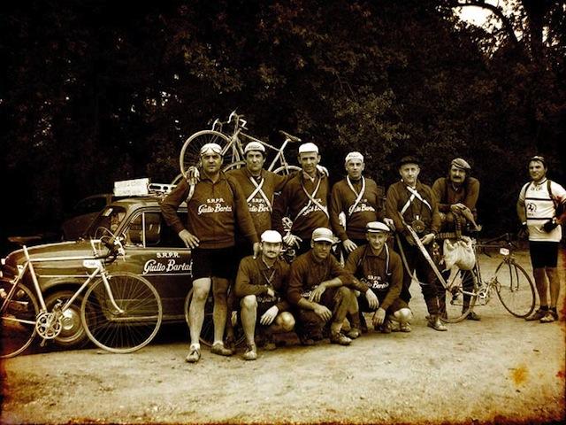 """L'Intrepida"" , cicloturistica d'epoca ad Anghiari"