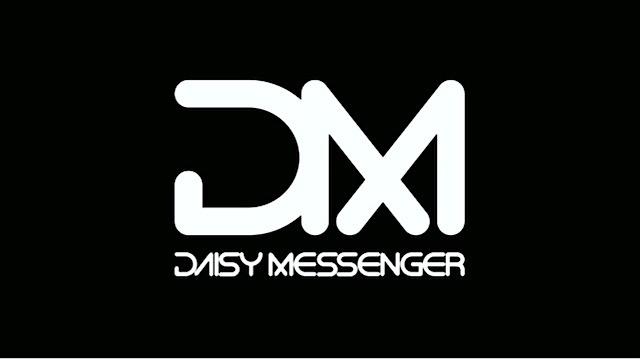 Daisy Messenger Lookin' Good