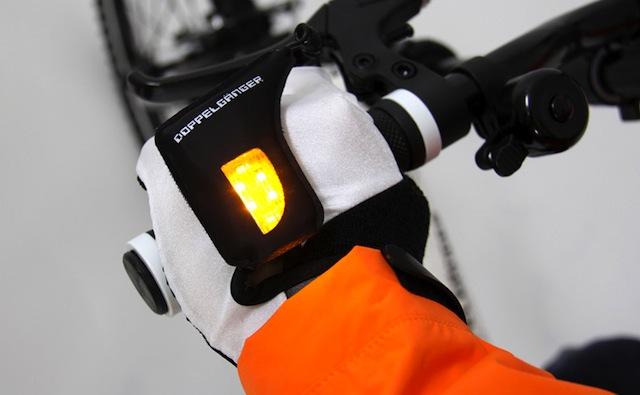 Illuminazione al LED per i vostri guanti da bici!
