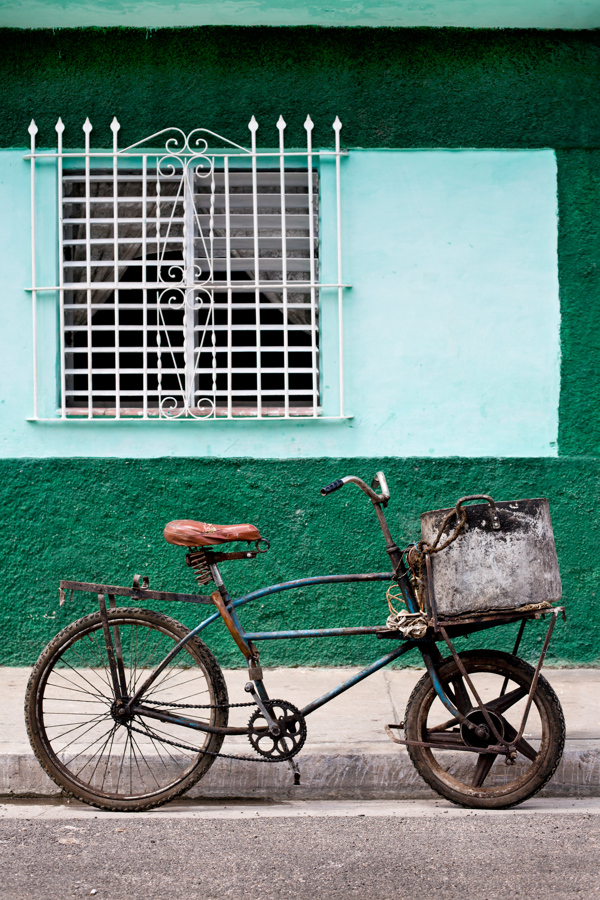 Carril Bici, Cuba. Scott Ramsay photography 1