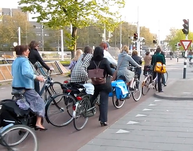 Bicycle Rush Hour, Utrecht Netherlands. Video