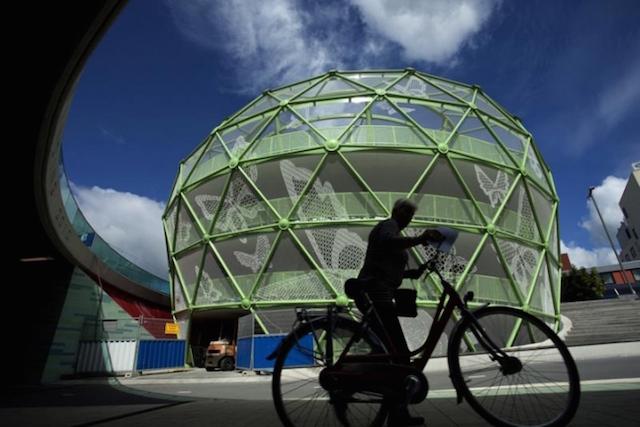 Le-Fietsappel-Alphen-sur-le-Rhin-Pays-Bas_urbancycling_1