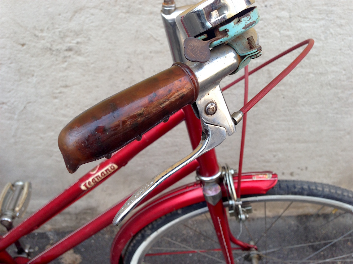 Legnano anni '60. Bici bambina con ruote da 22″