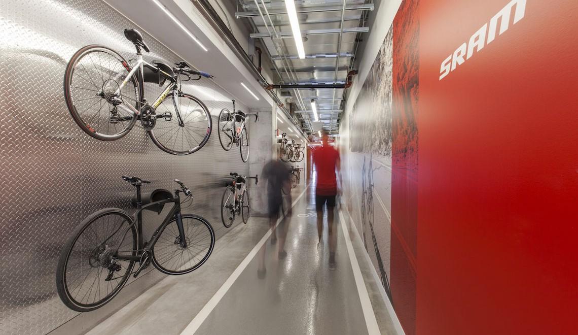 SRAM. Nuova sede di Chicago a misura di ciclista
