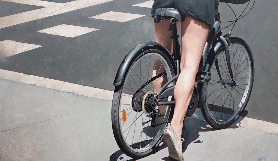 Donne in bici, nell'arte di Marc Figueras
