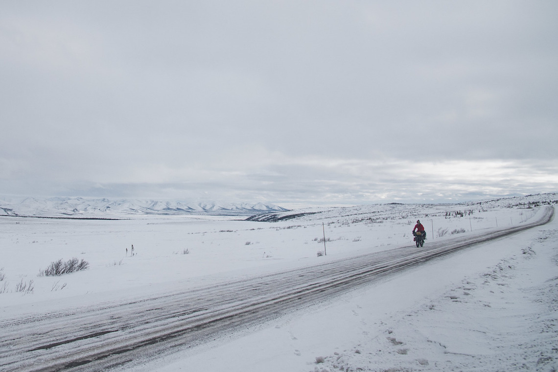 The Frozen Road. Avventura in bici nell'Artico
