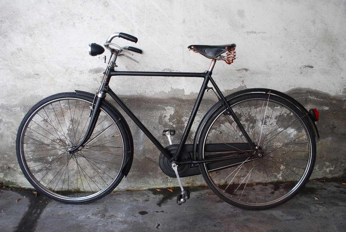La vecchia Bianchi del nonno torna a pedalare
