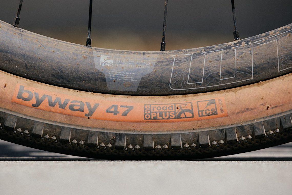 Firefly all-road titanium bike + WTB Byway 47mm_theradavist_7
