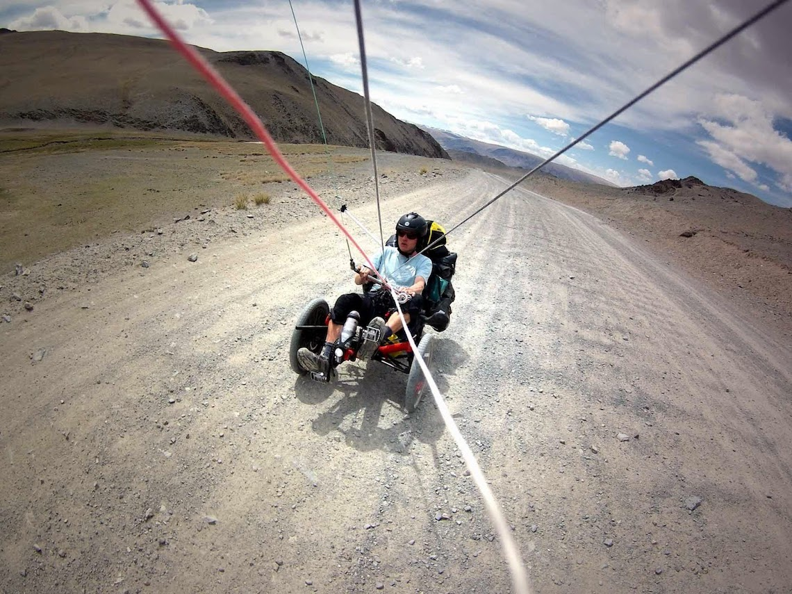 The Transmongolian Kite-Trike-Tour_urbancycling_5