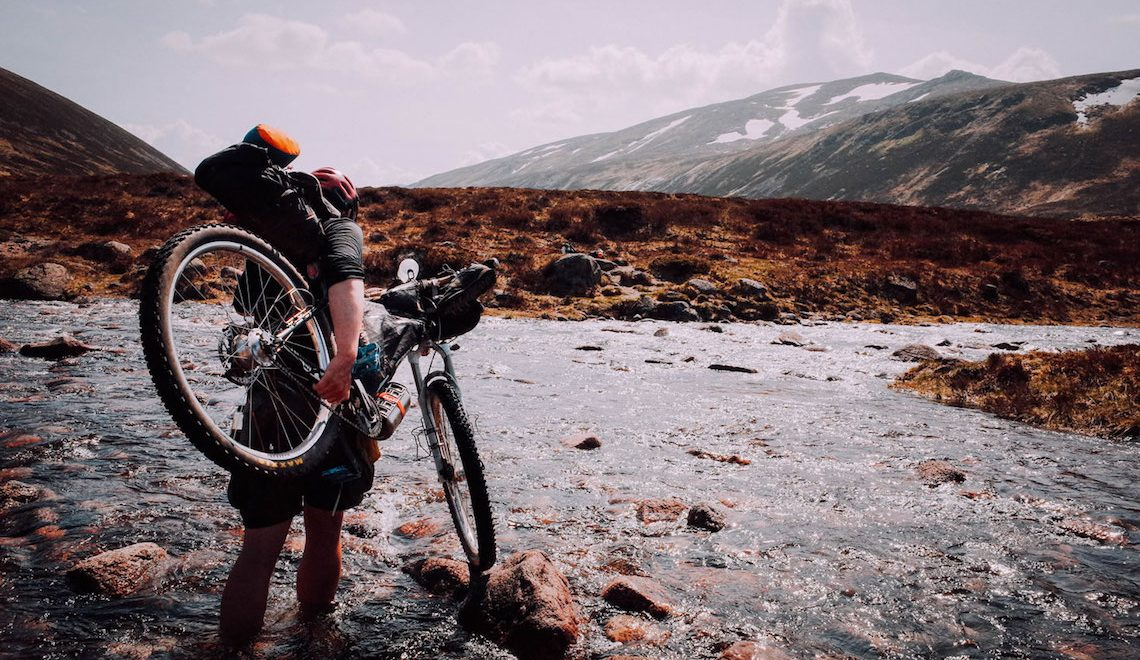 Cairngorms Loop. Bikepacking nelle Highlands scozzesi
