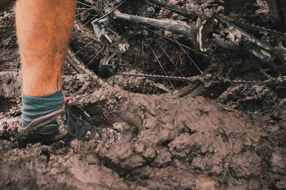 bikepacking Ecuador tales_ e_ tyres_1