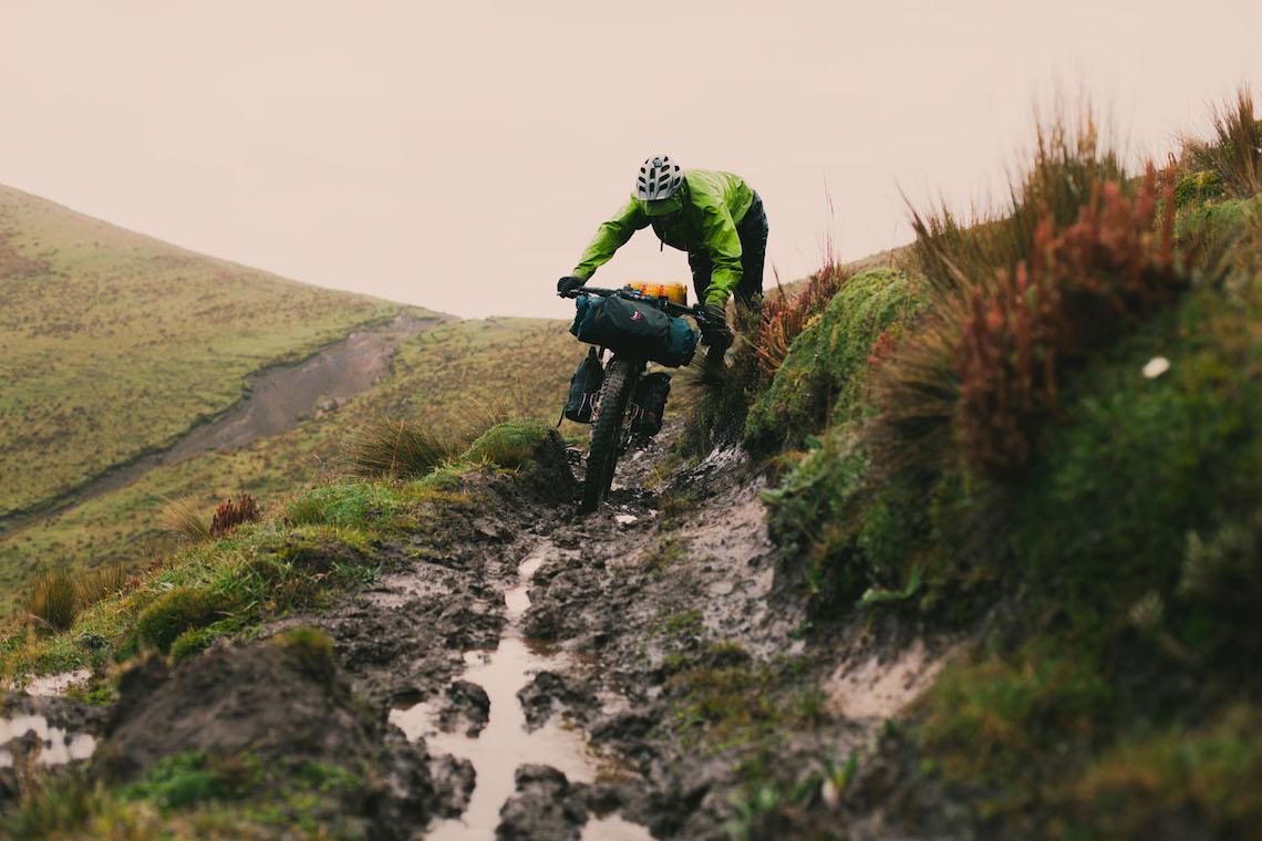 bikepacking Ecuador tales_ e_ tyres_2