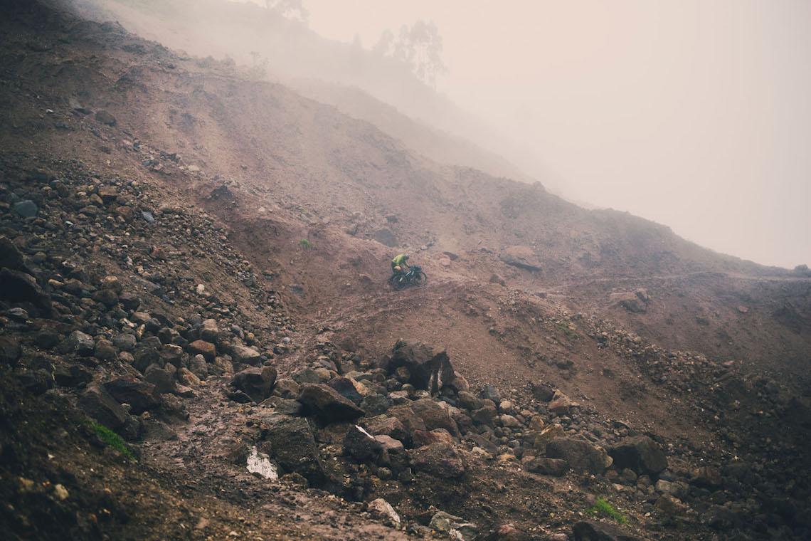 bikepacking Ecuador tales_ e_ tyres_3