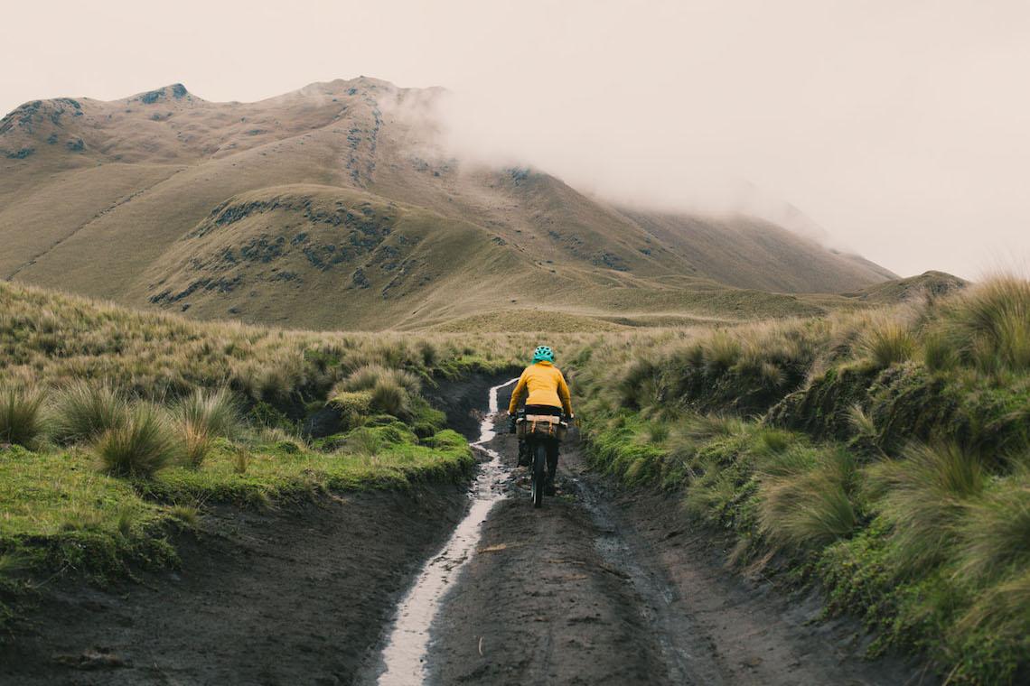 bikepacking Ecuador tales_ e_ tyres_4