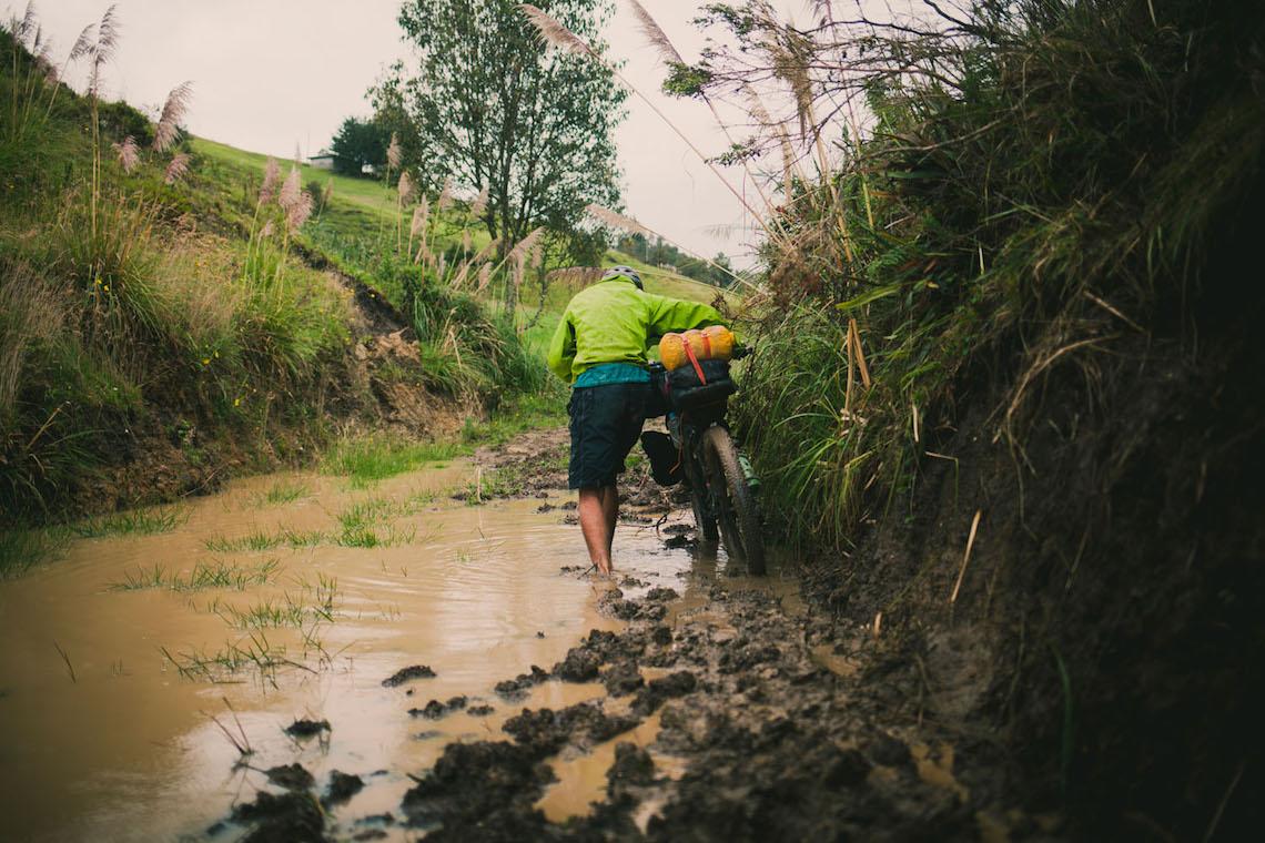 bikepacking Ecuador tales_ e_ tyres_5