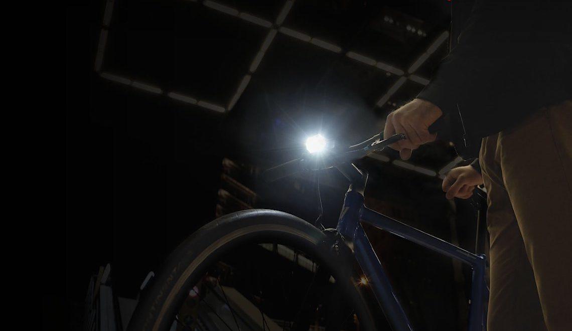 Binoreal Radius F1. La luce intelligente per la bicicletta