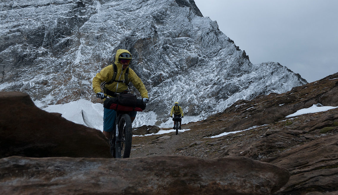 Tour des Combins in bikepacking by Montanus