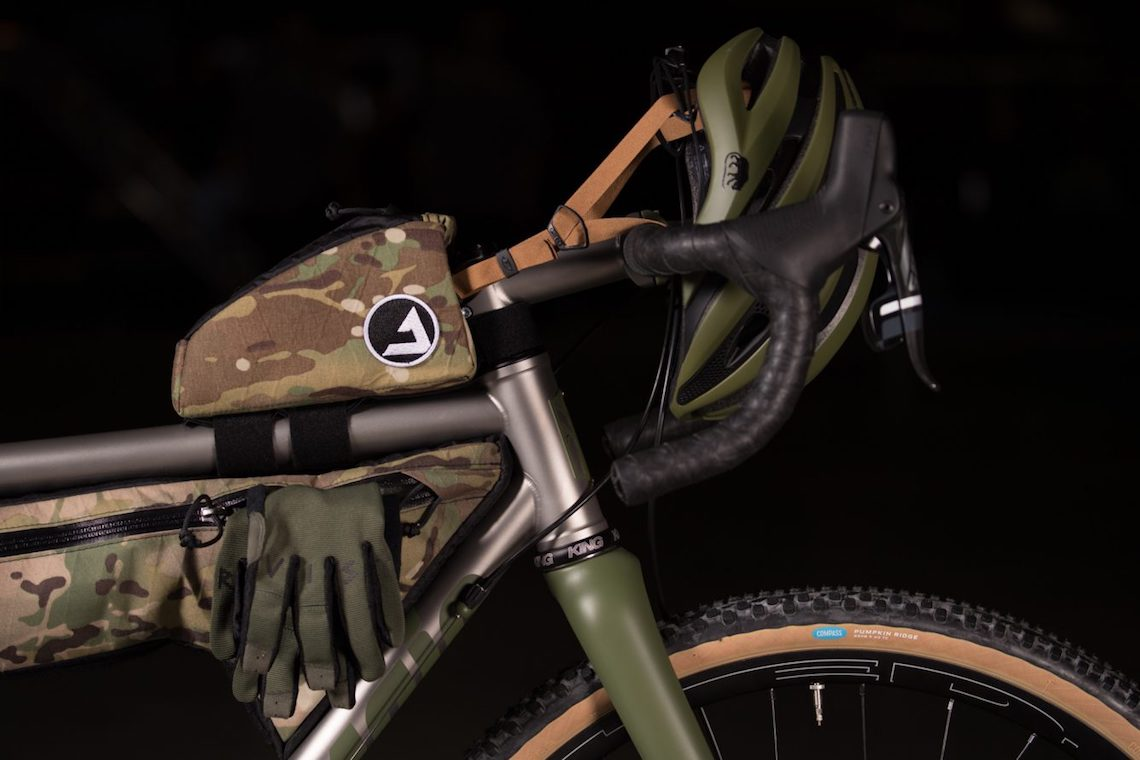 NAHBS 2018 Mosaic Cycles OD GT-2 with JPacks Bags_2