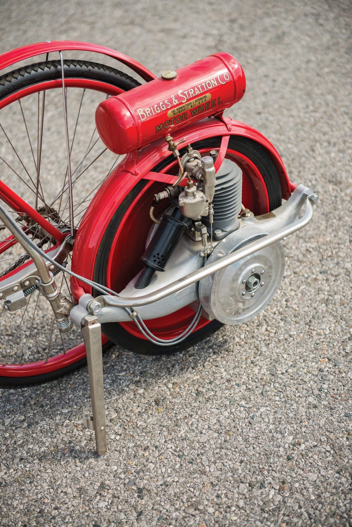 Briggs & Stratton Flyer bicycle_2