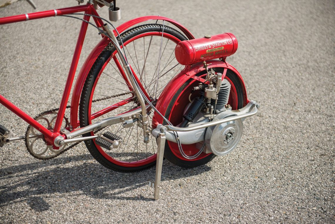 Briggs & Stratton Flyer bicycle_6
