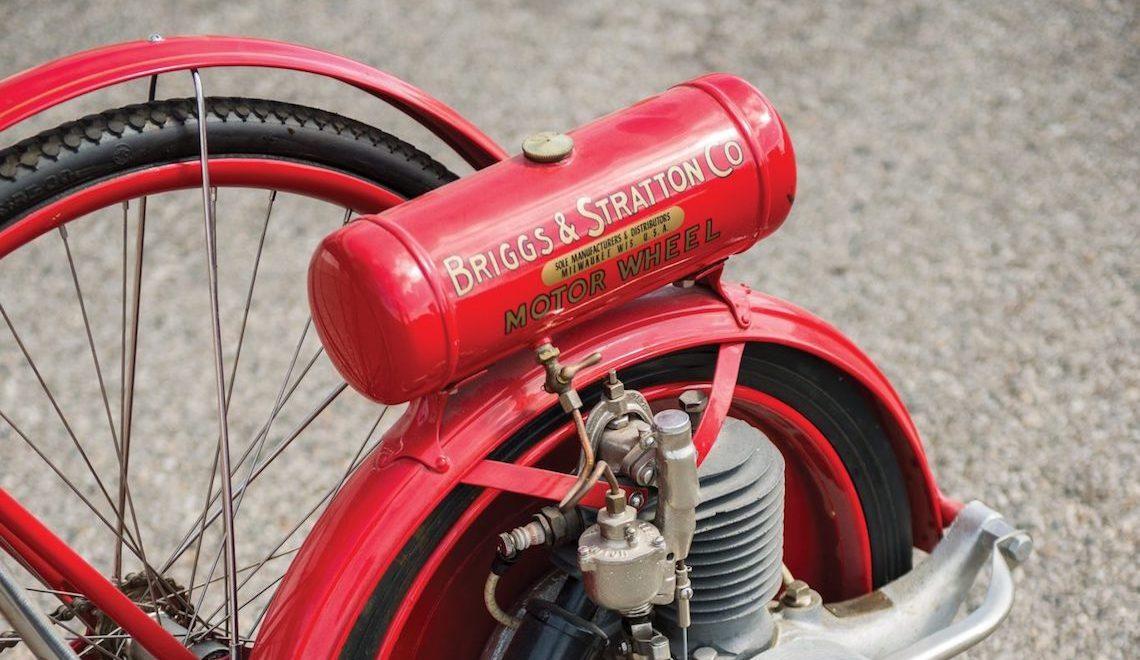 Briggs & Stratton Flyer. La bicicletta con la ruota motorizzata