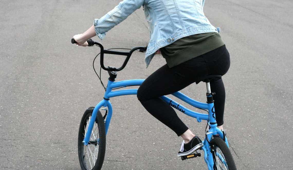 Helyx, la particolare bicicletta a due ruote sterzanti