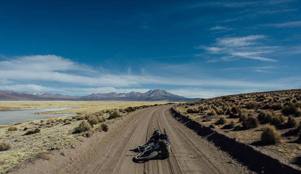 Bikepacking nella Ruta de Las Vicuñas. Cile Settentrionale