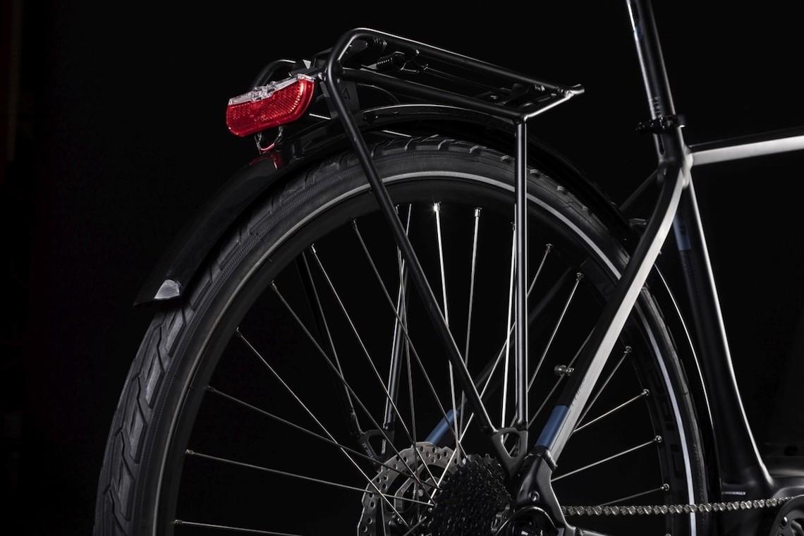 Cube Touring Hybrid e-bike_urbancycling_6
