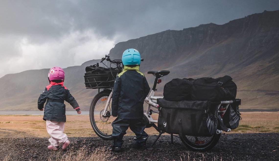 Avventure in Islanda con i bambini e la cargo e-bike