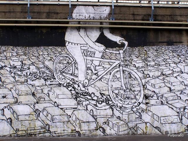 Blu, Bikes Crushing Cars