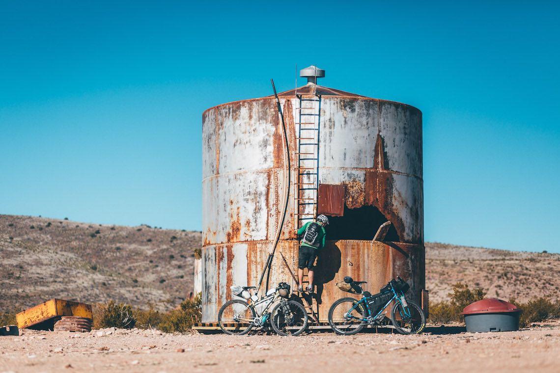 Monumental Loop bikepacking_urbancycling_1