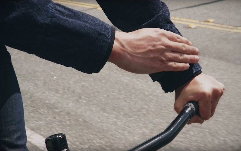 Smart jacket Levis_Commuter_Jacquard_Google_urbancycling_6