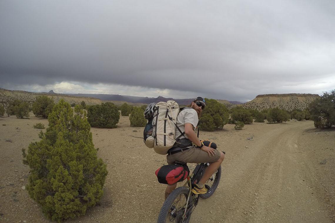 Bikerafting San-Rafael_Swell_3