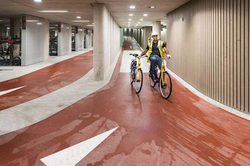 Utrecht parcheggio coperto_bici_urbancycling_1