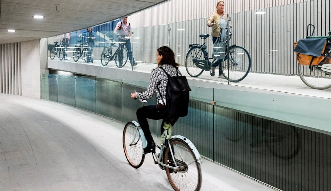 Utrecht. Il parcheggio coperto per le bici più grande al mondo
