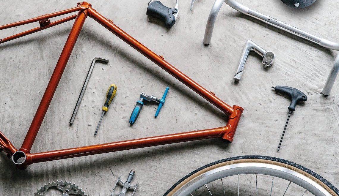 How to Build a Bike Jenni_Gwiazdowski_urbancycling_E