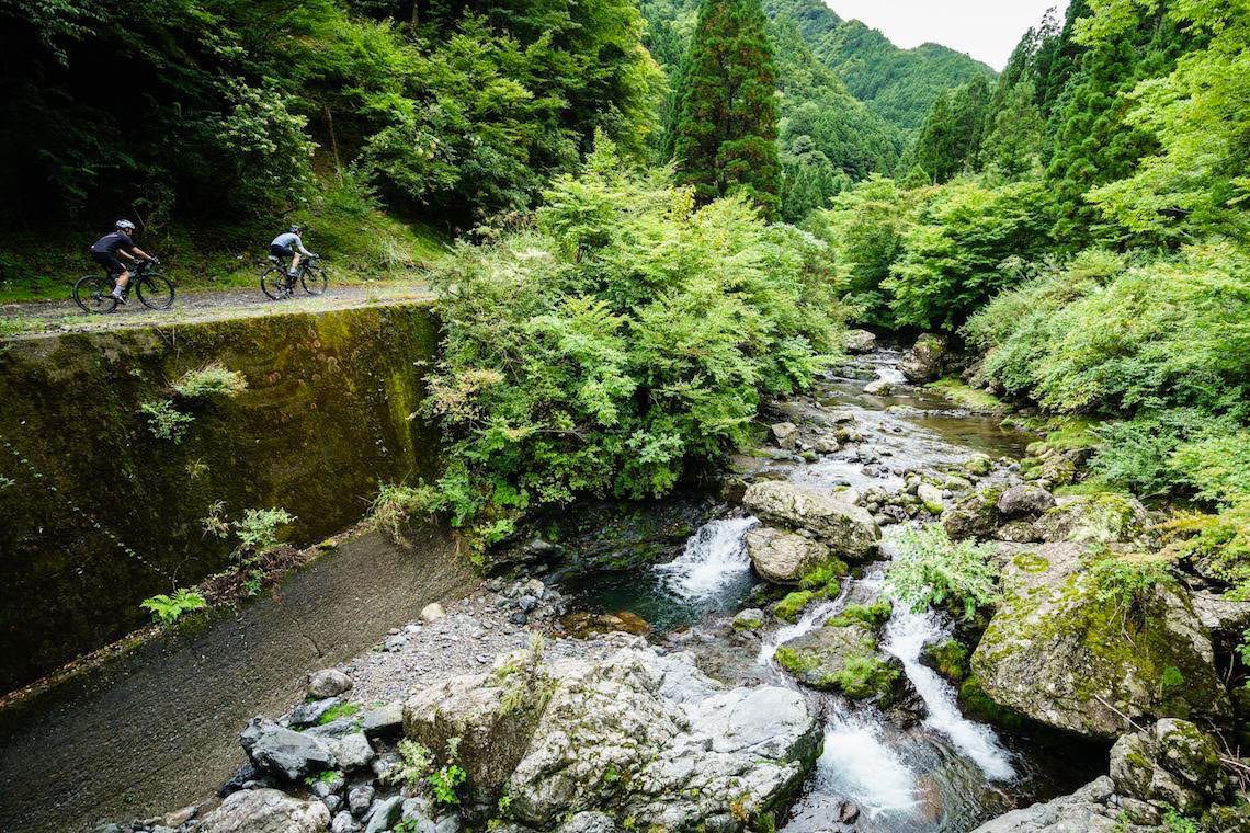 "Mt Tsurugi ""Super Forest Road"". Giappone in gravel bike_E"