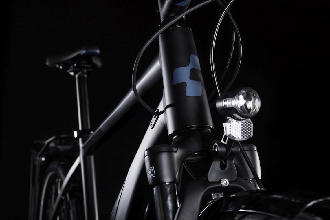 Cube Touring Hybrid e-bike_urbancycling_3