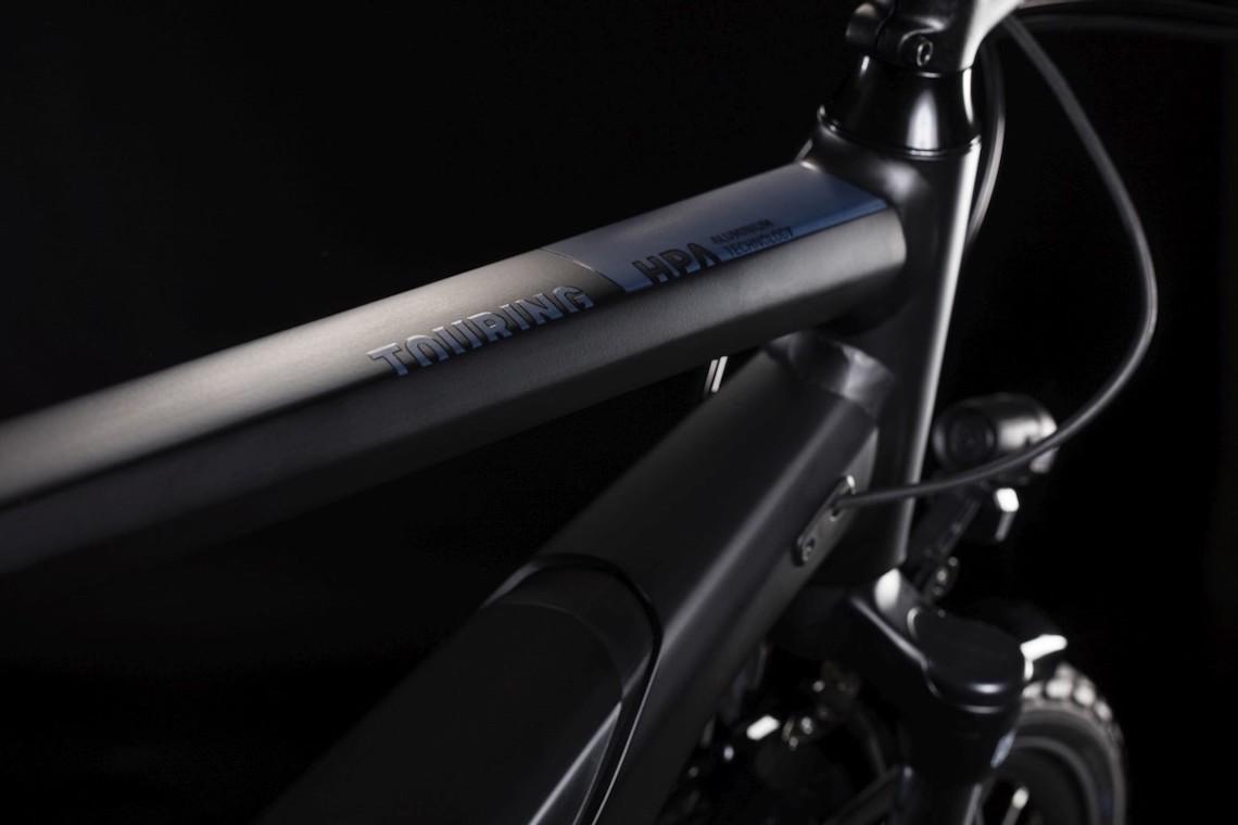 Cube Touring Hybrid e-bike_urbancycling_5