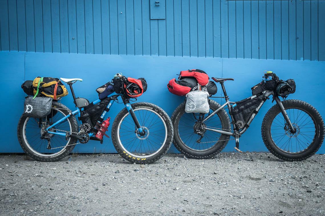 Breakfast with Muskox bikerafting_film_9