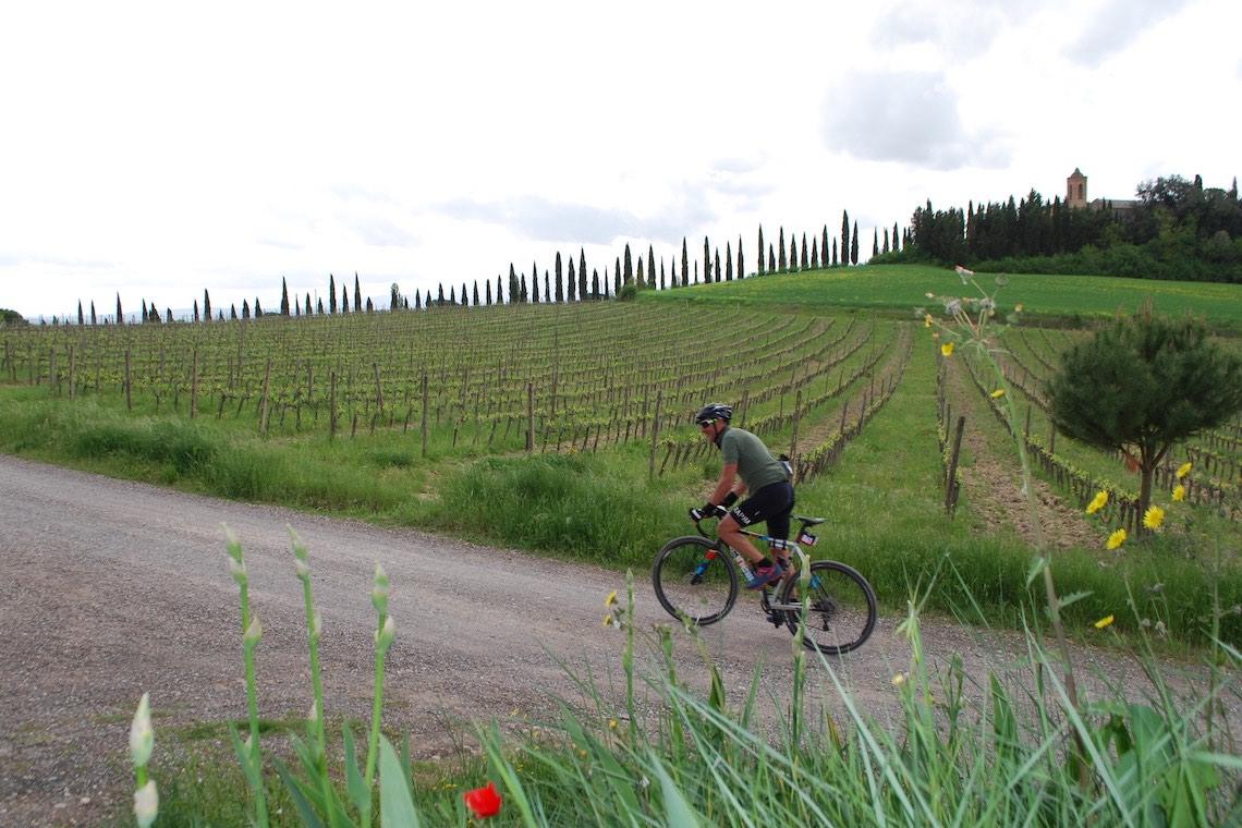NOVA Eroica A Buonconvento con le gravel bike_urbancycling.it_6