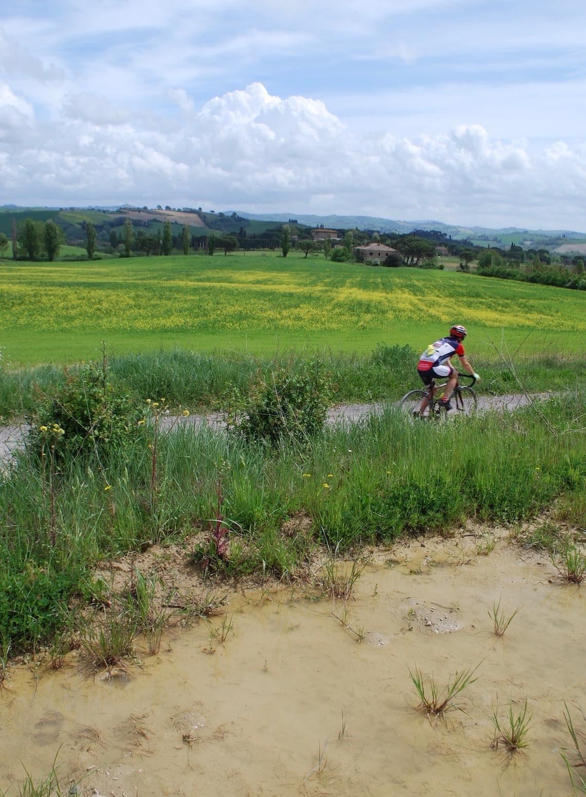NOVA Eroica A Buonconvento con le gravel bike_urbancycling.it_7M