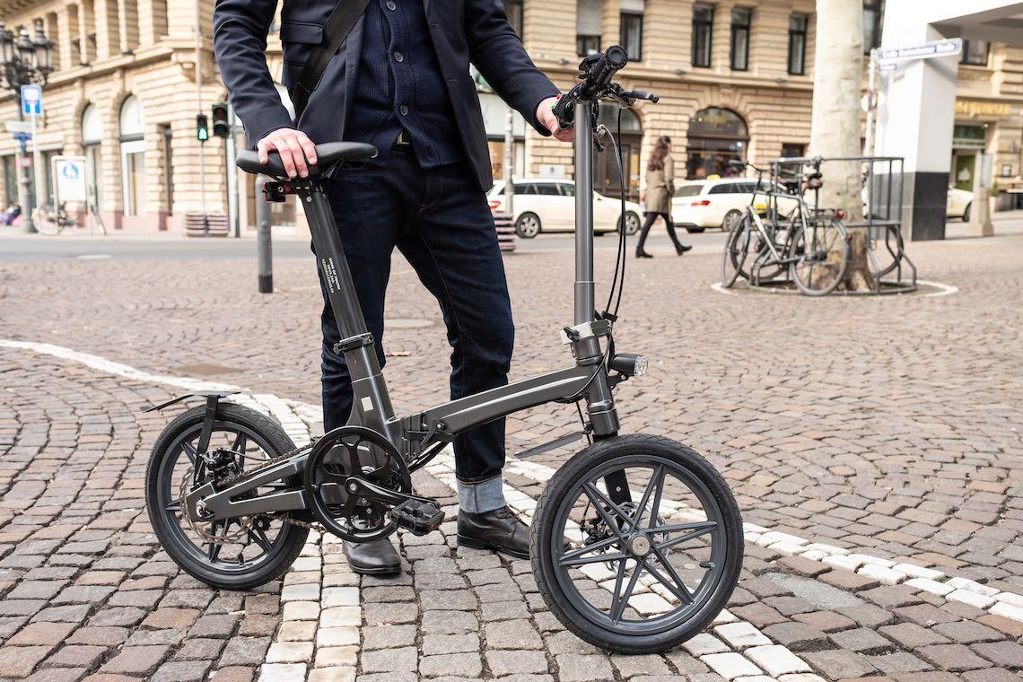 """UCB The One. La più leggera e-bike pieghevole da 16"""""""