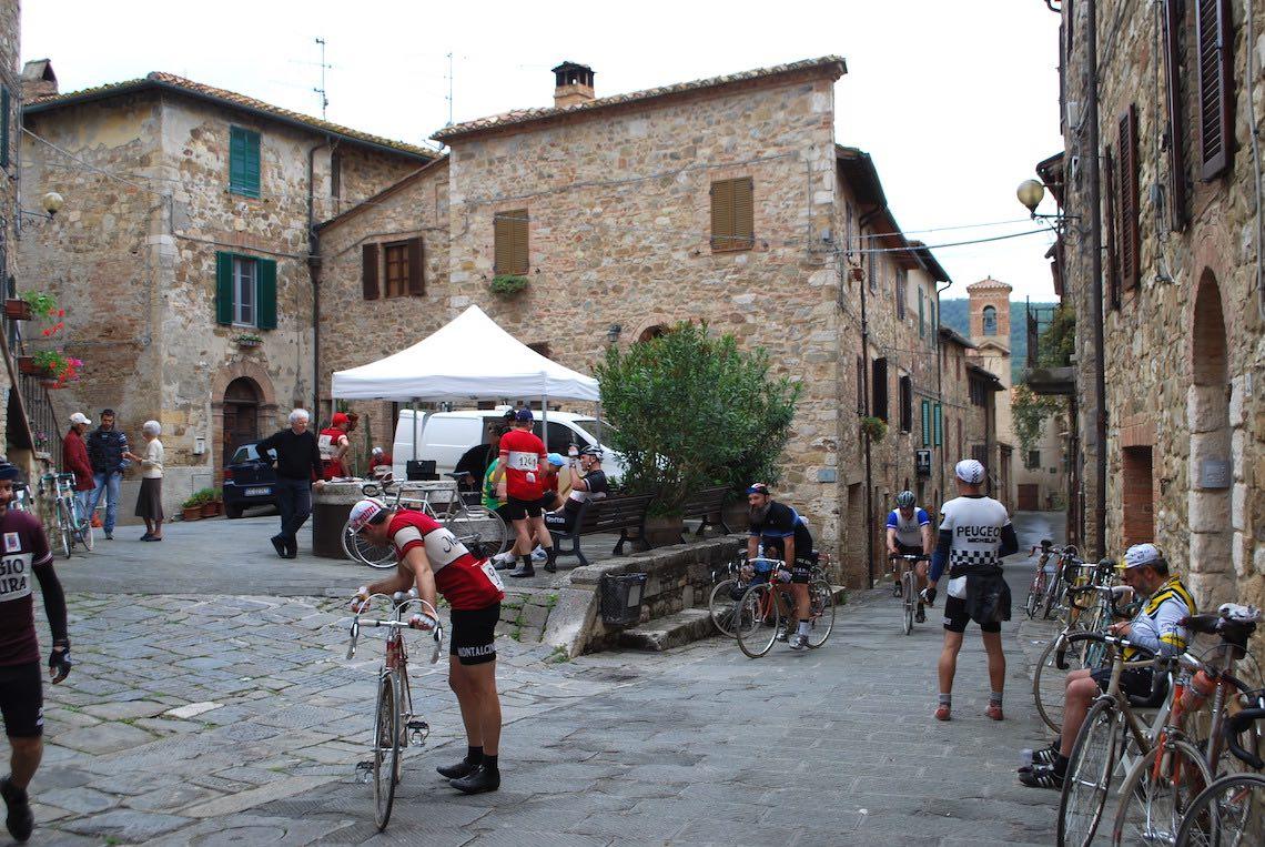 Ciclisti Eroici a Montalcino_2019_urbancycling.it_18