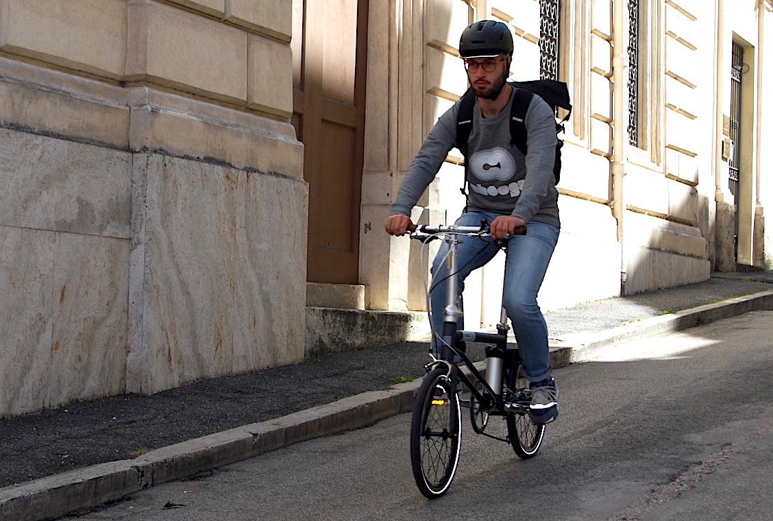 Ahooga Hybrid_e-bike_da_13kg_uebancyclinf_it_18