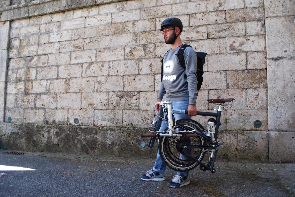 Ahooga Hybrid_e-bike_da_13kg_uebancyclinf_it_26
