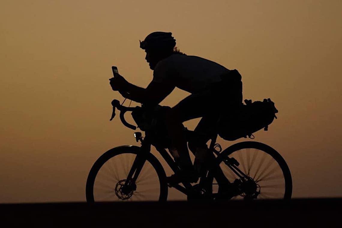 Steven Le Hyaric Paris_Dakar_in_bicicletta_1