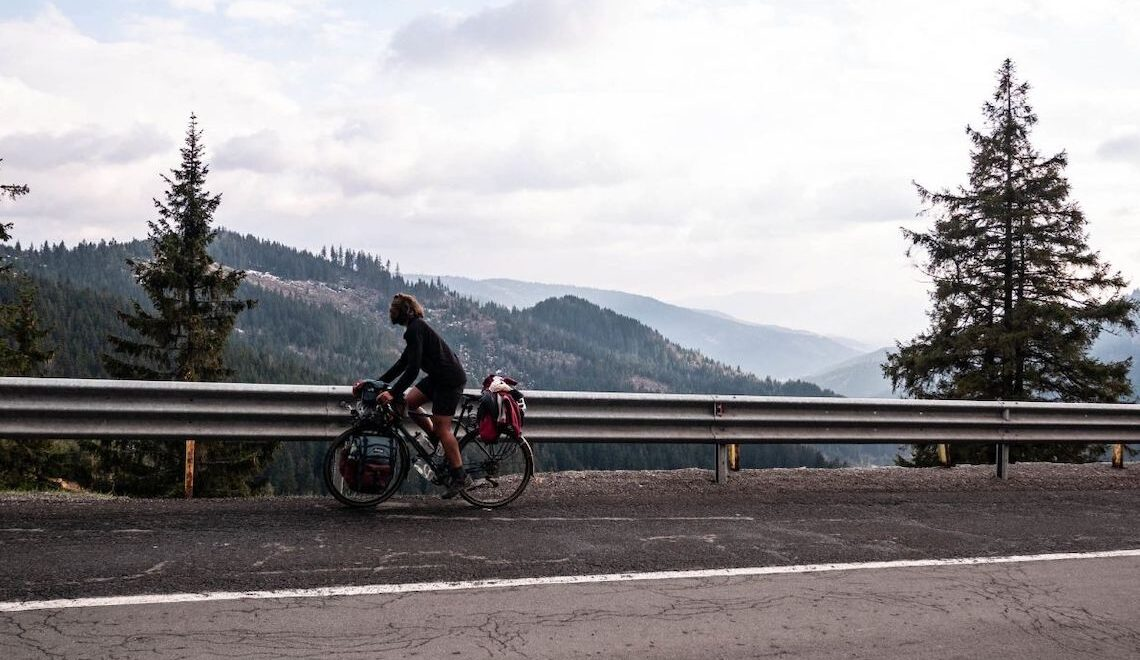 La traversata dei Carpazi in bikepacking. Gaëlle Bojko
